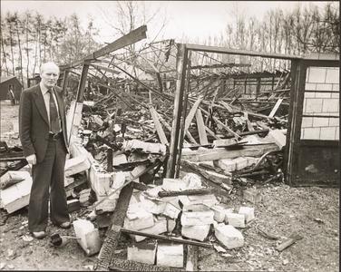 NNC-BM-0039 Klompenfabriek verwoest door brand