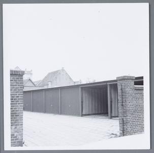 WAT001002188 Foto; Garage boxen in de Havenstraat .