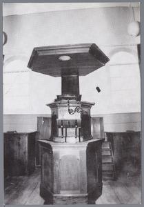 WAT001002323 Preekstoel en doopbanken in Lodewijk XV-stijl,