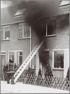 WAT001014284 PURMEREND. — Een korte brand 'transformeerde' gistermorgen evenvoor 10.30 uur het interieur van de woning ...
