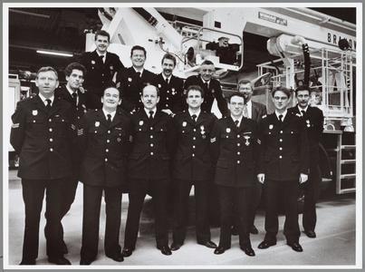 WAT001014322 Brandweer onderscheiden.