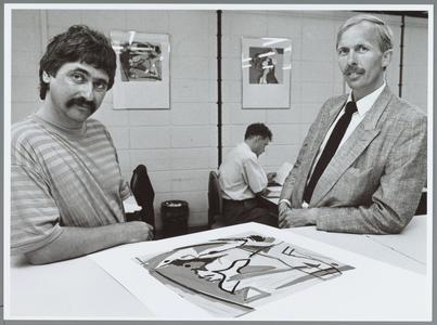 WAT001015834 In het ABN gebouw was een expositie zeefdrukken van Frank Roosen.Van april 1989 tot en met 16 juni 1989.