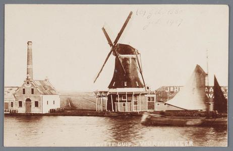 WAT002002193 Oliemolen ''De Witte Duif'' gebouwd in 1680, aandrijving; windmolen, type; stellingmolen.Cornelis Hekelaar ...