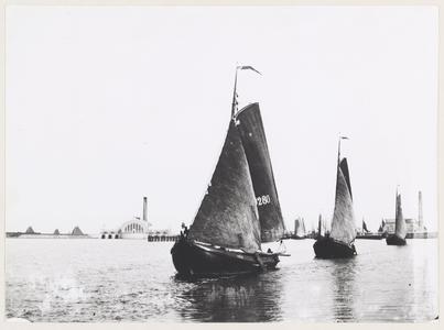 WAT001017752 Volendamse vissersschepen.VD. 280.