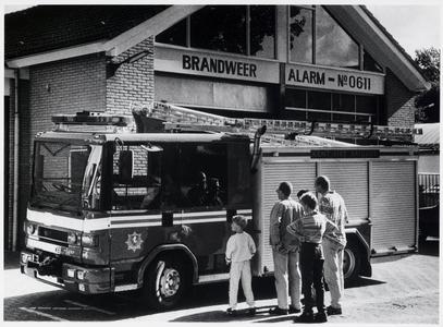 WAT003002468 Engelse brandweerauto