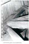 98-2 Aantasting hout klokkestoel