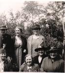 HGOM00000130 Zusterkring? D.G. Middelie omstreeks 1935        staand: Aaf Groot, Aagje van Harlingen,Aafje Bijl, ...