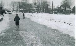 HGOM00000159 Schaatsen winter 1956