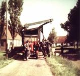 HGOM00000295 Ophaalbrug voor no. 52 Piet Steenman, Teun Vink en Jaap Steenman