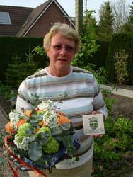 HGOM00000324 Tegeltje van verdienste voor Oud-Middelye met de haar door het Historisch Genootschap Oud-Middelye ...