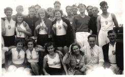 HGOM00000637 Gymvereniging Hercules:achter van rechts n. links,Piet Laan,Henk Wakker,Dirk Lemsta,Dik Lof,Cor ...