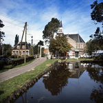 RJ000000125 Bruggetje en kerk in Watergang