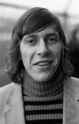 RJ000000327 De in Ajax spelende Volendammer Arnold Mühren. (NNC 29-12-1972)
