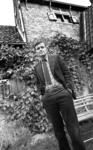 RJ000001017 Piet Dankert in zijn Edamse achtertuin. (NNC 7 juli 1976)