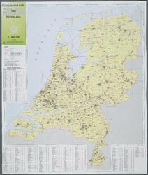 WAT001020029 Overzichtskaart met de Rijks-Provincie-en Gemeentegrenzen van Nederland.