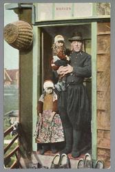 WAT001011972 Jan Zondervan met kinderen