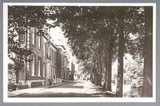 WAT001012528 St. Liduina Stichting. Het gebouw aan de Emmakade is in 1912 gebouwd onder architectuur van de in ...