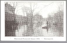 WAT001012599 Als gevolg van een zware noordwester storm brak in januari 1916 de Waterlandse Zeedijk tussen Monnickendam ...