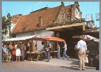 WAT001012611 Hoogstraat Promenade met links een marktkraam