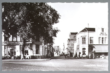 WAT001012548 Het Gouw met links restaurant de Amsterdamse Poort en rechts Restaurant Bellevue