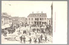 WAT001012715 Het oude Stadhuis te Purmerend, afgebroken in 1911. Het gebouw is eerder tweemaal verbouwd en in 1633 door ...