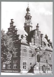 WAT001012774 Stadhuis van Purmerend, gebouwd in neo-renaissancistisch in de jaren 1911-1912 naar ontwerp van architect ...