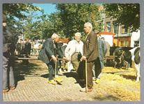 WAT001012824 Koemarkt. Op de kop van de koemarkt verhandelde men al sinds 1612 koeien, ossen, paarden, varkens en ...