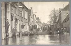 WAT001012835 Als gevolg van een zware noordwester storm brak in januari 1916 de Waterlandse Zeedijk tussen Monnickendam ...