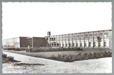 WAT001012837 ULO school aan de Johanna Naberstraat 218, aanvraag bouwvergunning van deze school was op 1 januari 1962.
