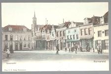 WAT001012736 Kaasmarkt met links Hotel Centraal (café restaurant), Derde pand van links van P.T. Nijsen en recht ...