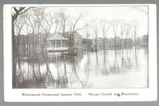 WAT001012863 Als gevolg van een zware noordwester storm brak in januari 1916 de Waterlandse Zeedijk tussen Monnickendam ...