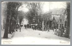 WAT001012889 Lappenmarkt op de Nieuwstraat, het was een drukte van belang. Er werden zelfs extra trams op dinsdag ingezet.
