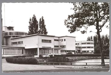 WAT001012981 Het Stadsziekenhuis ontworpen door de Purmerendse architecten Jan Plas en Corn.Koning en gebouwd door ...