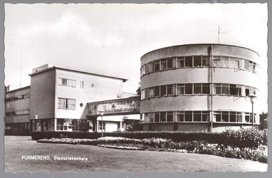 WAT001012990 Het Stadsziekenhuis ontworpen door de Purmerendse architecten Jan Plas en Corn.Koning en gebouwd door ...