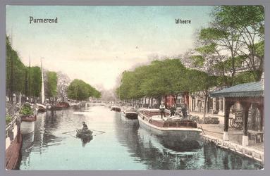 WAT001013080 Rechts de Venediën met visbank/vismarkt en links de Weerwal en in het midden achteraan de Bierstekersbrug.