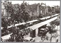 WAT001013184 Lappenmarkt op de Nieuwstraat, het was een drukte van belang.