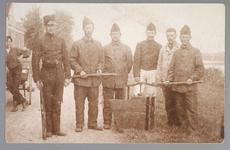 WAT001013206 Mobilisatie 1914 - 1918.Groepsportret van een aantal soldaten.