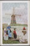 WAT001013284 Vrouw met juk en melkemmers wacht met twee kinderen op de man in roeiboot die ze naar de overkant van het ...