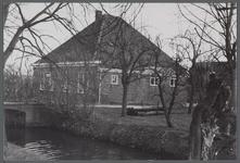 WAT001000012 Stolpboerderij aan de Hobrederweg te Beemster.