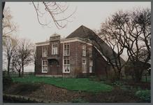 WAT001000177 Stolpboerderij Leeghwater met uitbouw aan de voorkant van de familie Raat, aan de Middenweg te Beemster.