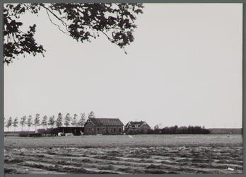 WAT001000247 Foto v.l.n.r. Gemaal aan de Noorddijk nummer 18, Noorddijk nummer 19.