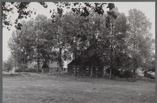 WAT001000408 Stolpboerderij aan de Westdijk nummer 35.