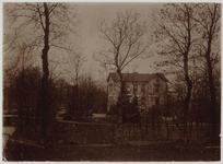 WAT001000466 Voormalige Villa Zuidwijk , ongeveer 1890 gebouwd voor houthandelaar Brantjes uit Purmerend. Al kort ...