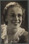 WAT001000508 Zuster Maria, meisjesnaam: Ria Hersbach, geboren 5 mei 1928, overleden op 6 april 1951.