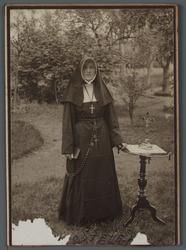 WAT001000512 Zuster Johanna van het Kruis ( meisjesnaam: Helena Stevers, geboren op 23 januari 1891 in de Beemster) ...