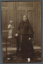WAT001000519 Zuster Cortona, ingetreden op 10-12-?.Op 7 augustus 1918 vertrokken naar de K. Professie.