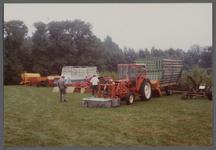 WAT001000544 Tentoonstelling van landbouwvoertuigen.