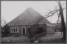 WAT001000456 Stolpboerderij aan de Zuiderweg nummer 38.