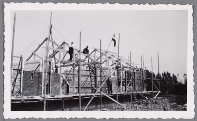WAT001000667 Huis in aanbouw.