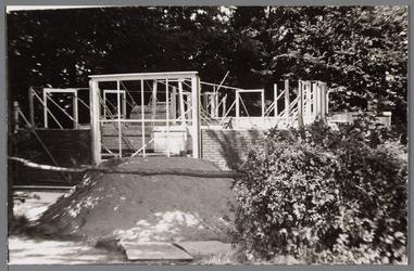 WAT001000710 Bouw Rusthuis Zonnehoek. Rusthuis Zonnehoek was een tehuis voor 22 bejaarden.Op 3 april 1952 was de ...